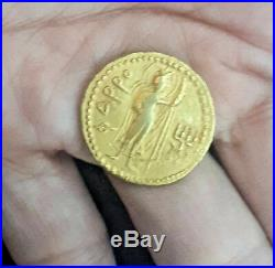 Old King Kanishka Kushan Ardochsho holding cornucopia Solid Gold 18k Coin